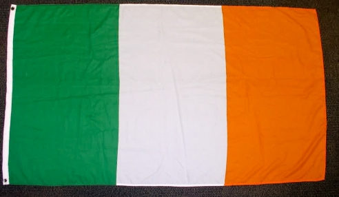 Ireland tricolour. (c) Gordon GILLESPIE